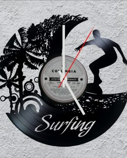 upcycled vinyl record clocks